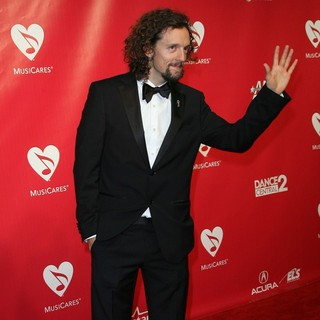 Jason Mraz in 2012 MusiCares Person of The Year Gala Honoring Paul McCartney
