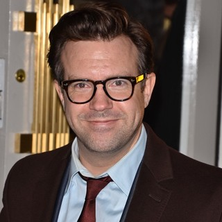 Jason Sudeikis in Celebrities Attend A Private Dinner to Celebrate The Launch of Stella McCartney's New Store - jason-sudeikis-launch-stella-mccartney-s-new-store-01
