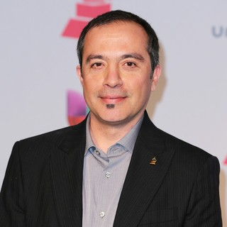 Javier Garza in The Latin Grammys 2013