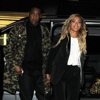 Beyonce Knowles - Beyonce Knowles and Jay-Z Enjoy A Night Out at The Arts Club