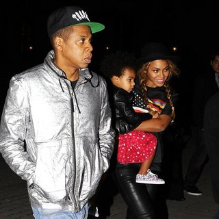 Beyonce Knowles - Jay-Z and Beyonce with Blue Ivy Carter Leave The Louvre Museum