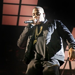 Jay-Z - Jay-Z Performing Live in Concert on The Opening Night of The UK Leg of The Magna Carter World Tour