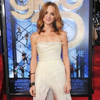 Jayma Mays in The World Premiere of Glee The 3D Concert Movie - Arrivals