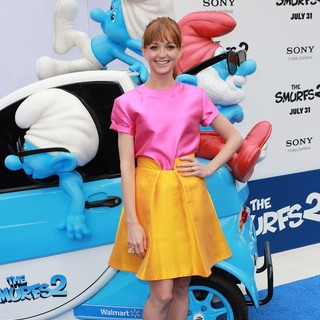 Jayma Mays in The Los Angeles Premiere of The Smurfs 2 - Arrivals