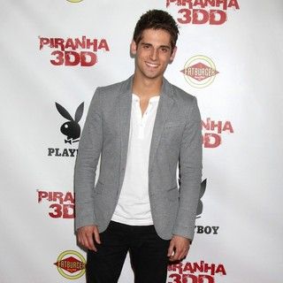 The Piranha 3DD Premiere - Arrivals