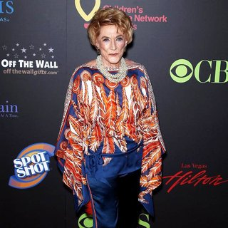 Jeanne Cooper in 2011 Daytime Emmy Awards - Red Carpet