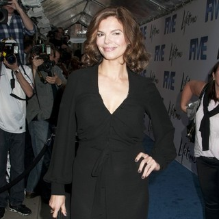 Jeanne Tripplehorn in Lifetime's Screening of Five
