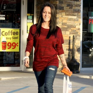 Jenelle Evans Seen Out Grocery Shopping - jenelle-evans-grocery-shopping-01