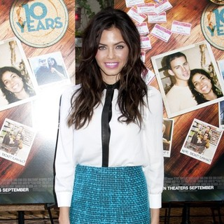 Jenna Dewan in 10 Years Brunch Reunion Event - Arrivals