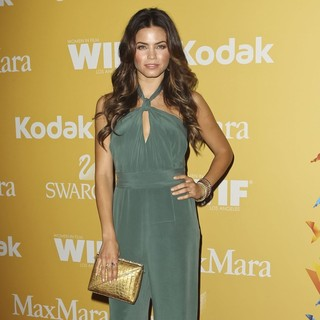 Jenna Dewan in Women in Film 2012 Crystal + Lucy Awards - Arrivals