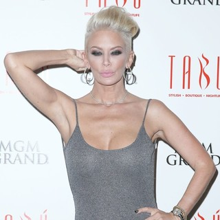 Jenna Jameson in Jenna Jameson Hosts An Evening at Tabu Ultra Lounge