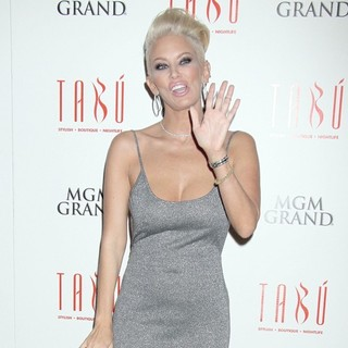Jenna Jameson Hosts An Evening at Tabu Ultra Lounge