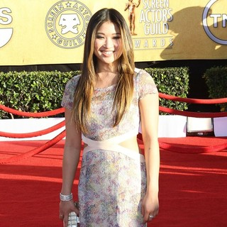 Jenna Ushkowitz in The 18th Annual Screen Actors Guild Awards - Arrivals