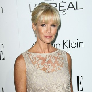 Jennie Garth in ELLE's 19th Annual Women in Hollywood Celebration - Arrivals