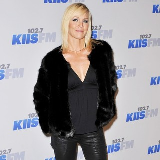 Jennie Garth in KIIS FM's Jingle Ball 2012 - Arrivals