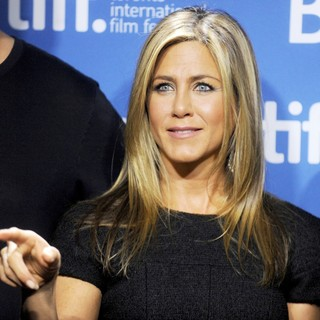 Jennifer Aniston in 2013 Toronto International Film Festival - Life of Crime - Photocall