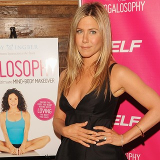 Jennifer Aniston - Celebrate Mandy Ingber's Book Yogalosophy: 28 Days to The Ultimate Mind-Body Makeover