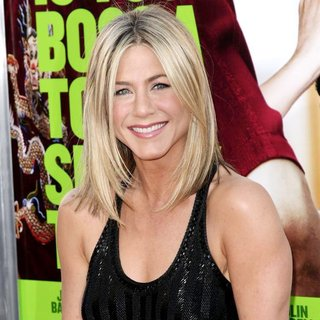 Jennifer Aniston - The Los Angeles Premiere of Horrible Bosses - Arrivals