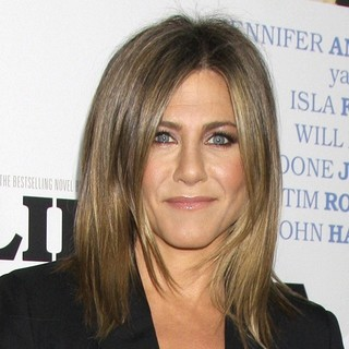 Jennifer Aniston in Premiere of Life of Crime - jennifer-aniston-premiere-of-life-of-crime-03