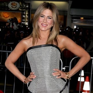 Jennifer Aniston in The Wanderlust World Premiere - Arrivals