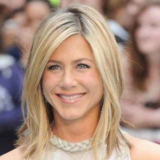 Jennifer Aniston - Horrible Bosses UK Premiere - Arrivals