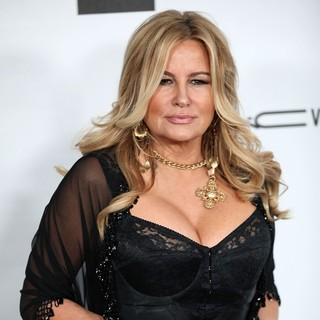 Jennifer Coolidge in amfAR 3rd Annual Inspiration Gala - jennifer-coolidge-amfar-3rd-annual-inspiration-gala-02