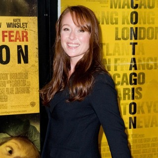 Jennifer Ehle in New York Premiere of Contagion - Arrivals