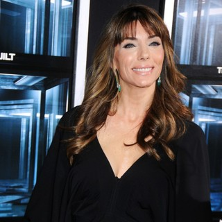 Jennifer Flavin in New York Movie Premiere for Escape Plan