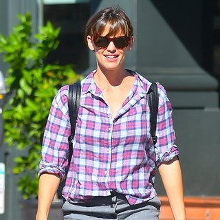 Jennifer Garner in Jennifer Garner Leave Tavern