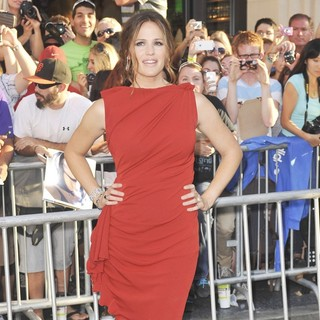 Jennifer Garner in The World Premiere of The Odd Life of Timothy Green - Arrivals