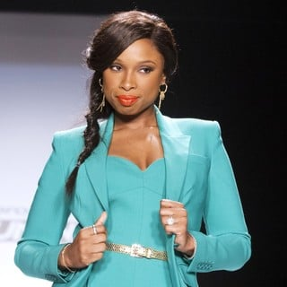 Jennifer Hudson in Mercedes-Benz New York Fashion Week Spring-Summer 2013 - Project Runway