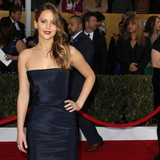 Jennifer Lawrence in 19th Annual Screen Actors Guild Awards - Arrivals