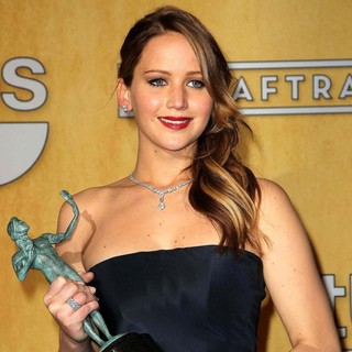 Jennifer Lawrence in 19th Annual Screen Actors Guild Awards - Press Room