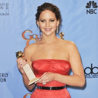 Jennifer Lawrence in 70th Annual Golden Globe Awards - Press Room