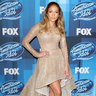 Jennifer Lopez - American Idol Finale for The Farewell Season - Red Carpet Arrivals