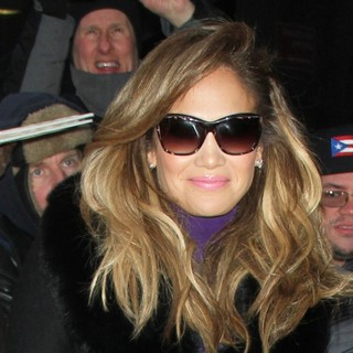 Jennifer Lopez in Celebrities Arrive at ABC Studios for Good Morning America