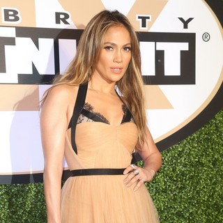 Jennifer Lopez in Muhammad Ali's Celebrity Fight Night XIX