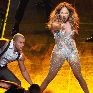 Jennifer Lopez - Jennifer Lopez Performing on Stage During Her World Tour Dance Again