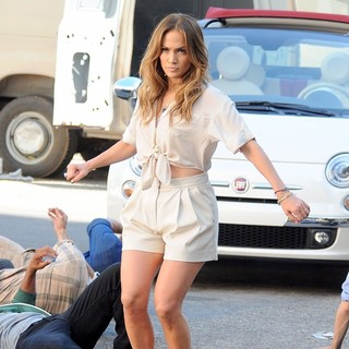 Jennifer Lopez in Jennifer Lopez Performs A Dance Routine with Backing Dancers on A Film Set