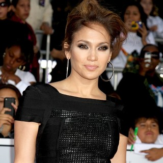 Jennifer Lopez in Michael Jackson's This Is It Premiere - Arrivals