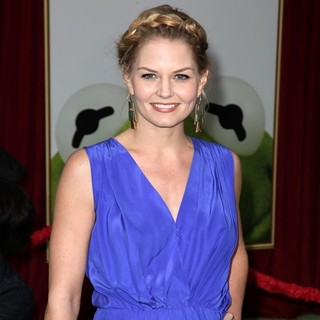 Jennifer Morrison in The Premiere of Walt Disney Pictures' The Muppets - Arrivals
