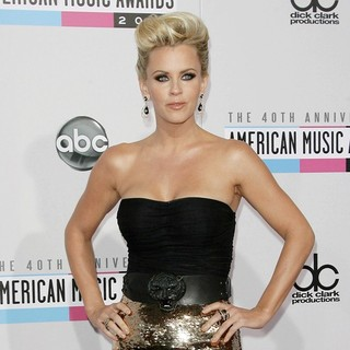 Jenny McCarthy in The 40th Anniversary American Music Awards - Arrivals