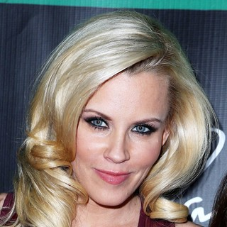 Jenny McCarthy in Jenny McCarthy Hosts An Evening at Chateau Nightclub and Gardens