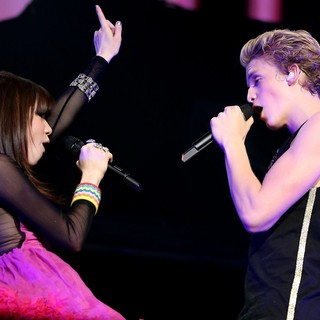 Carly Rae Jepsen and Cody Simpson Performing Live at The Grand Garden Arena - jepsen-simpson-performing-live-at-the-grand-garden-arena-01