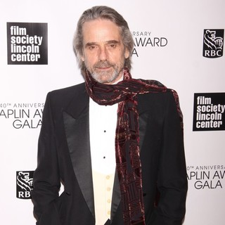 Jeremy Irons in 40th Anniversary Chaplin Award Gala Honoring Barbra Streisand - jeremy-irons-40th-anniversary-chaplin-award-gala-02