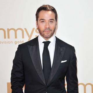 Jeremy Piven in The 63rd Primetime Emmy Awards - Arrivals