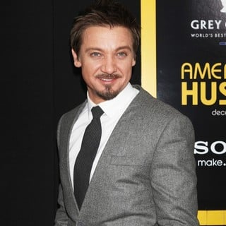 Jeremy Renner in American Hustle New York Premiere