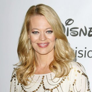 Jeri Ryan Photos