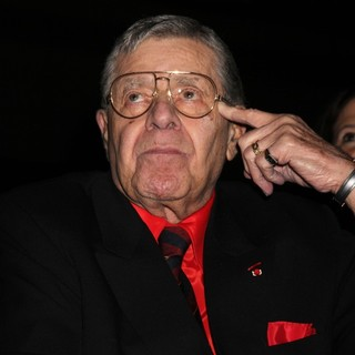 Jerry Lewis Is Awarded The Nevada Broadcasters Association Livetime Achievement Award - jerry-lewis-livetime-achievement-award-01