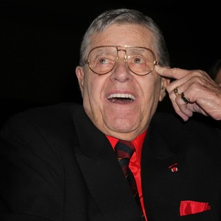 Jerry Lewis Is Awarded The Nevada Broadcasters Association Livetime Achievement Award - jerry-lewis-livetime-achievement-award-02